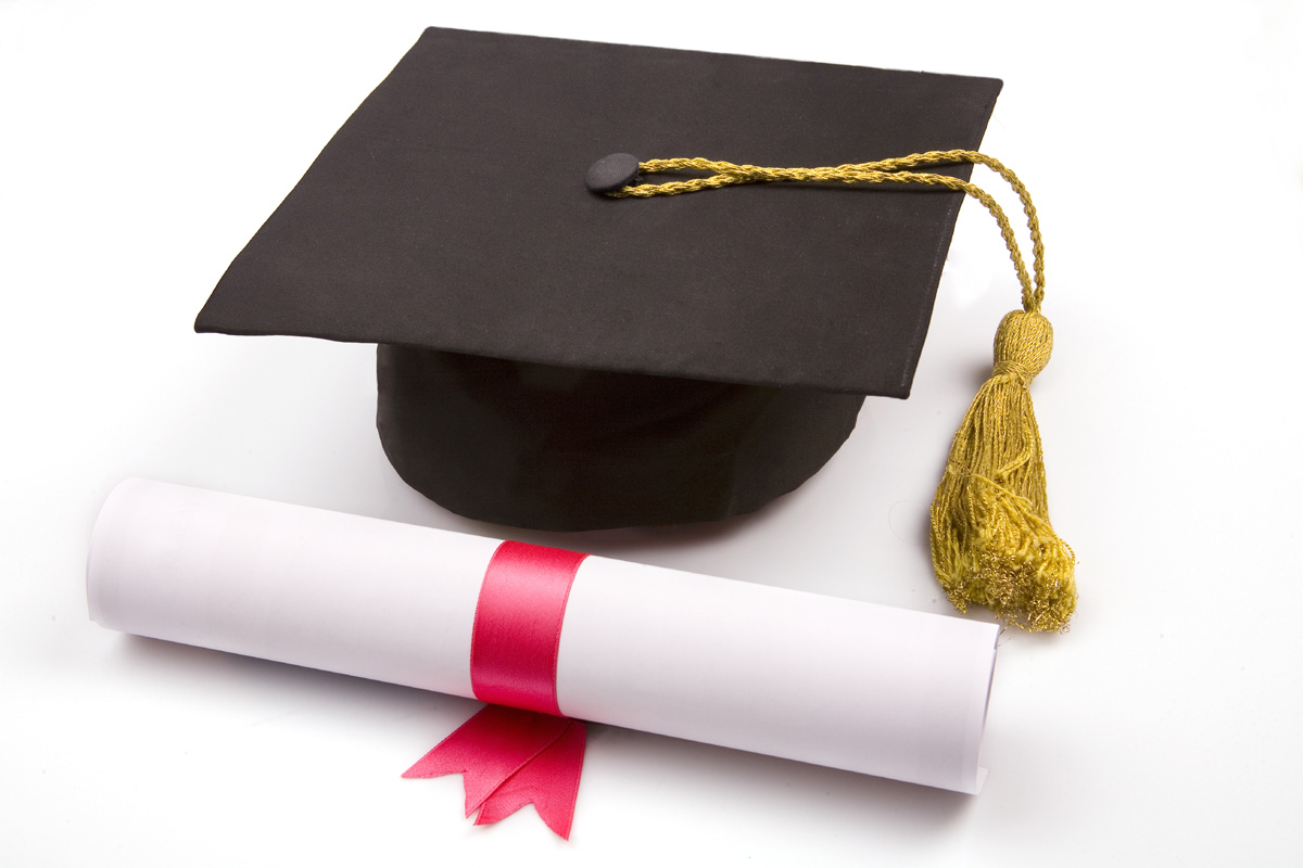Degree Hat and Certificate